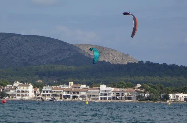1 kite foilboarding mallorca Sonic 2 Alcudia