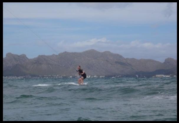 Geeignete Windbedingungen kitesurfing mallorca kiteschule