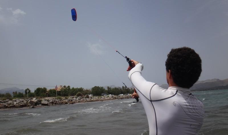 2 kitesurfing mallorca com kite lessons in Alcudia