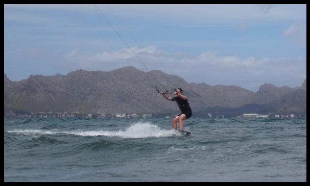 Meer ohne Wellengang und flach mallorca kiteschool