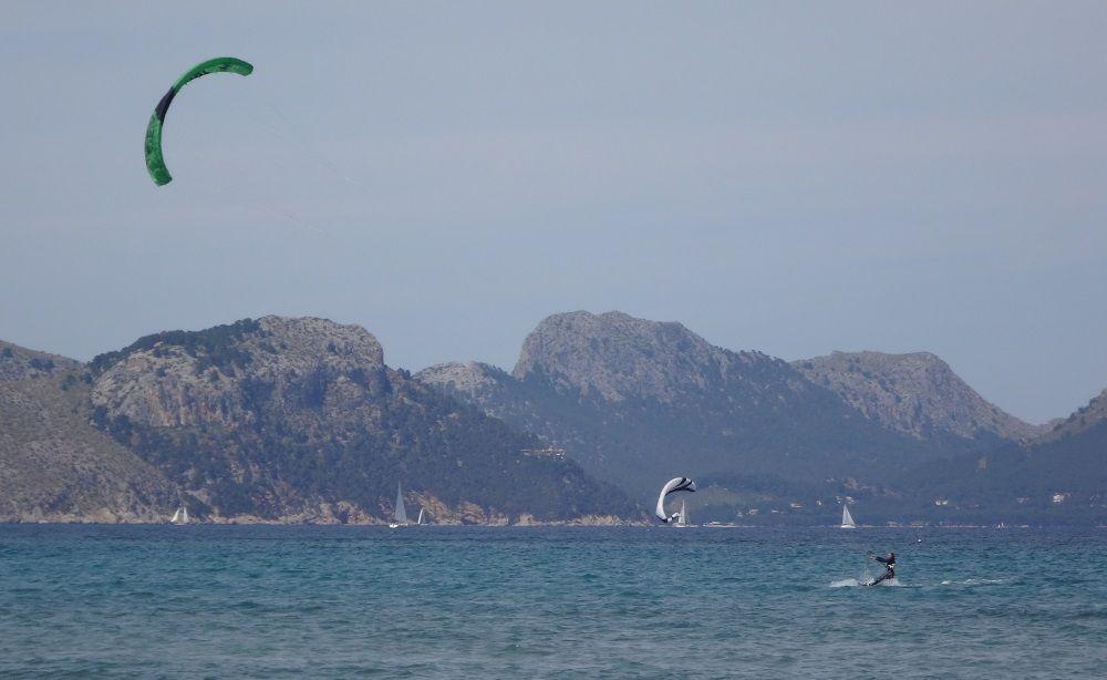 escuela de kitesurf en Pollensa