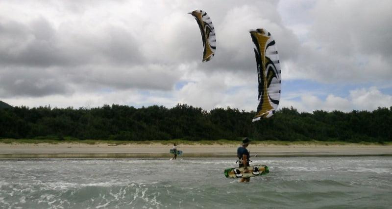 Bai-Sau-Kitebeach-Kitesurf-Unterricht-Vietnam Kitesurfen-in-Vung-Tau