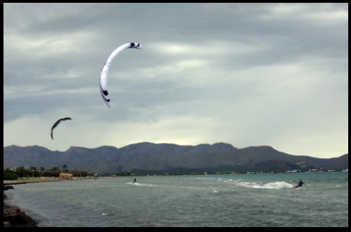 flysurfer kitesurfen schule auf Mallorca in Juni