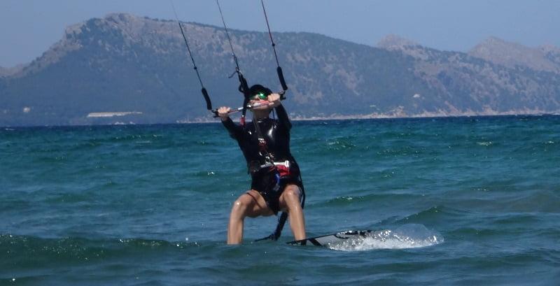 16 best kite lessons for beginner in Mallorca kite course in June