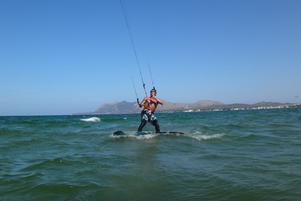 18 I know I know everybody must be surprised kitesurfing lessons mallorca