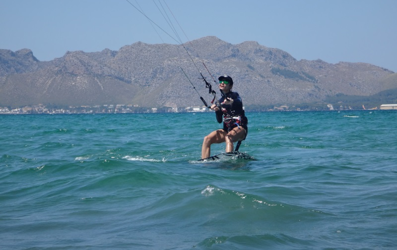 18 front leg stretched and riding upwind in June