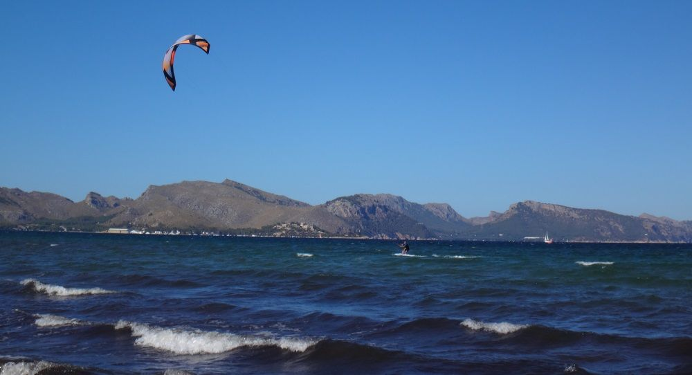 2 the french kiter ain agony because a too tight harness