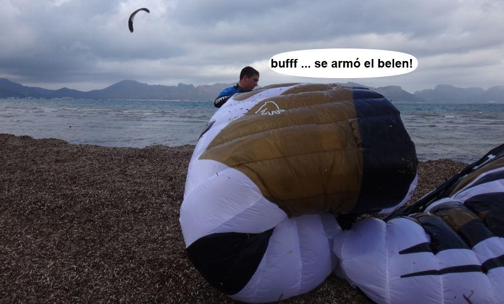 sujetar el kite foil cuando se ha bajado mallorca kiteschool