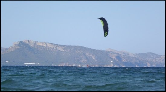 6 die letzte Foto kitekurse auf Mallorca Borja Kiten gegen den Wind