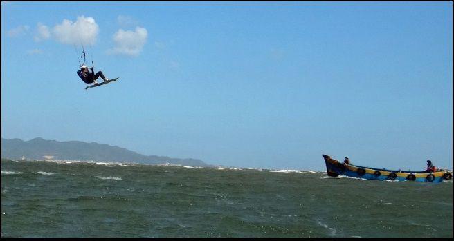 7 speed 4 deluxe Flysurfer on the air