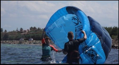 1 clases de kitesurf escuela autorizada Mallorca