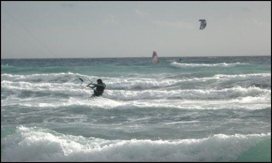 eine Strömung von Osten-Winde, die sicherlich Instabilität kitekurse Mallorca in April