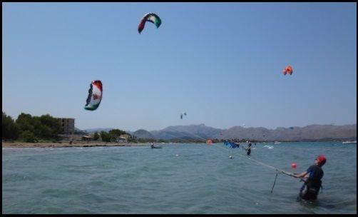 playa de Pollensa curso de kitesurf en Julio