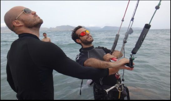 second hour kite courses full control of kite kite school in Mallorca in August
