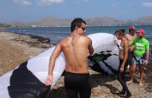 1 kite preparation flysurfer kiteschule mallorca