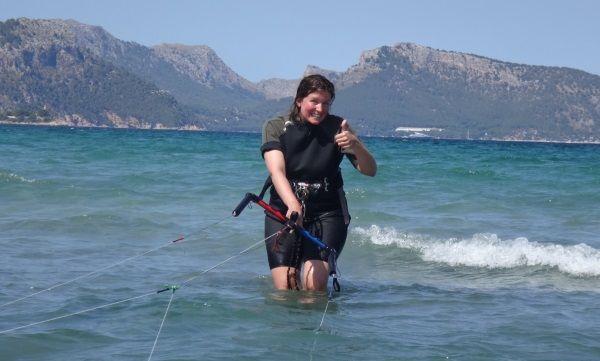 11 Swiss sweet Vanessa kite girl now mallorca kiteschool 2 days course