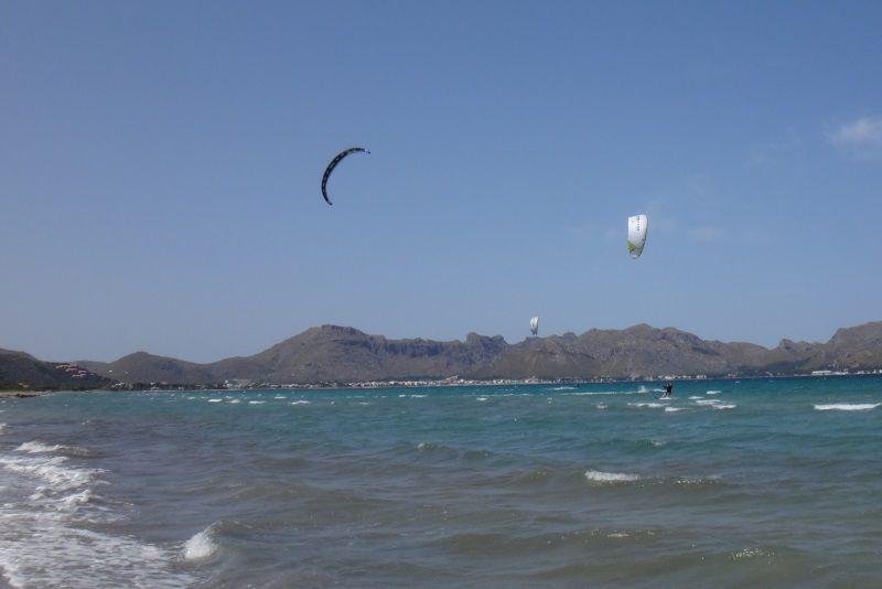 5-Andrea-vuelve-clases de kitesurf en-mallorca