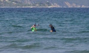 8 walk to deep water kitesurfing lessons in mallorca with Michael