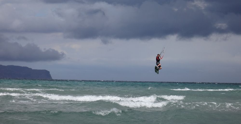 Ich sprunge mallorca kiteschule in May DSC02836a