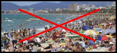 Playa-de-Palma-and-El-Arenal-beaches-during-tourist-season