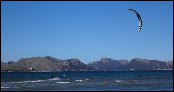 4 - 14 knots in Pollensa Bay Mallorcakiteschool com learn kitesurfing in Mallorca with us