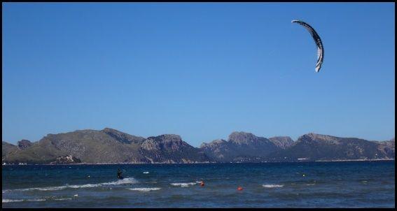 4 - 14 knots in Pollensa Bay Mallorcakiteschool com learn kitesurfing in Mallorca with us