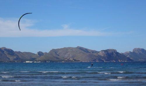 5 Formentor beach kitesurfing school www mallorcakiteschool com learn kitein Can Picafort
