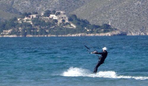 9 la Fortaleza Hafen von Pollensa Kite-Unterricht auf Mallorca Eze mit Sonic FR