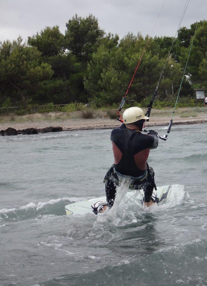 1 Ich bin auf der Suche nach dem Jump - Kitesurfen auf Mallorca