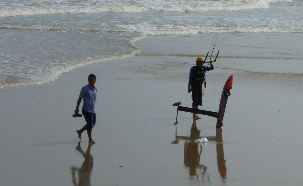 Hydrofoil Vietnam- Best kite spot Vung Tau