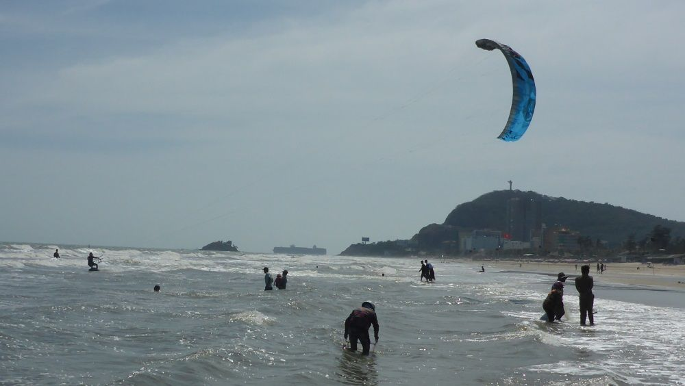 Kitespot near Ho Chi Minh - Vung Tau kiteschool in November