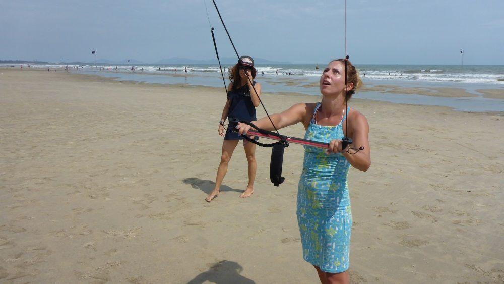 kiteschule auf Vietnam - kitekurs für anfänger in November