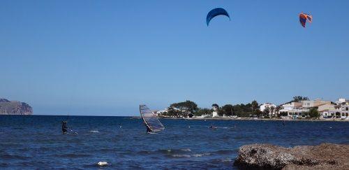1 noroeste-mistral-downwinded-es-barcares-kitesurf en-mallorca