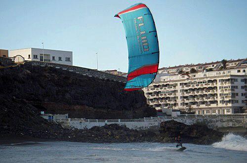 1 tube-kite-cursos de kitesurf con kites en palma-de-mallorca