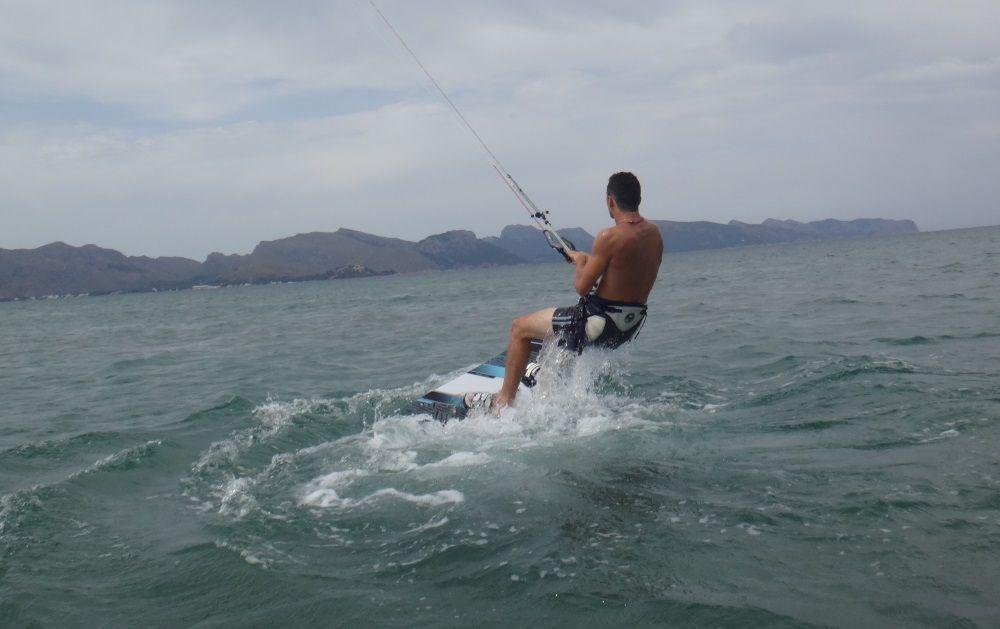 15-gute-Position-Kitesurf-Club-Mallorca-Julio-Agosto-neues-Kite-Mitglied