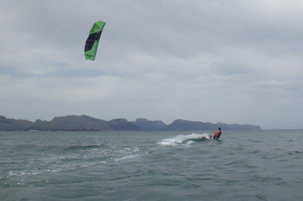 17-mallorca-kiteschool-kitesurfen schneller drachenunterricht-juli