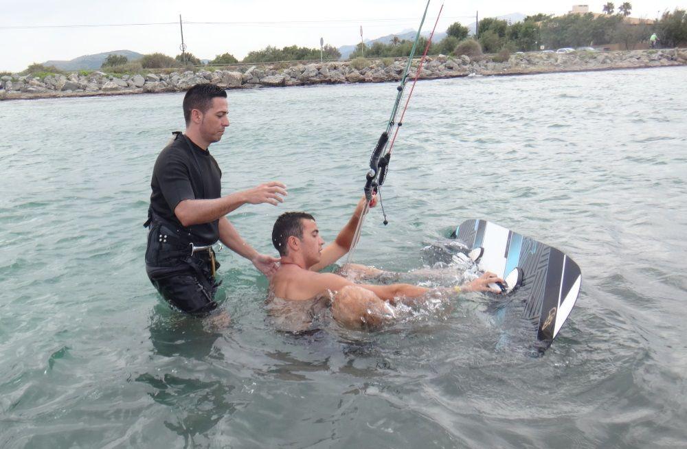 2-Jonay hilfen unsere neues mitglieder kitesurfing-lessons-Mallorca