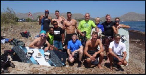 el club de kitesurf en Pollensa - escuela de kitesurf mejores precios y mayo exito