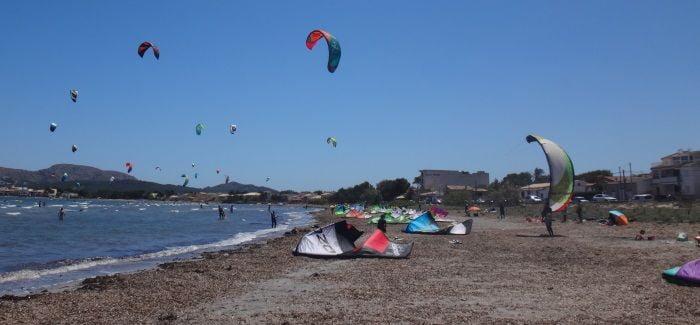 1-kitesurfen-mallorca-ilusion-por-navegar-en-domingo