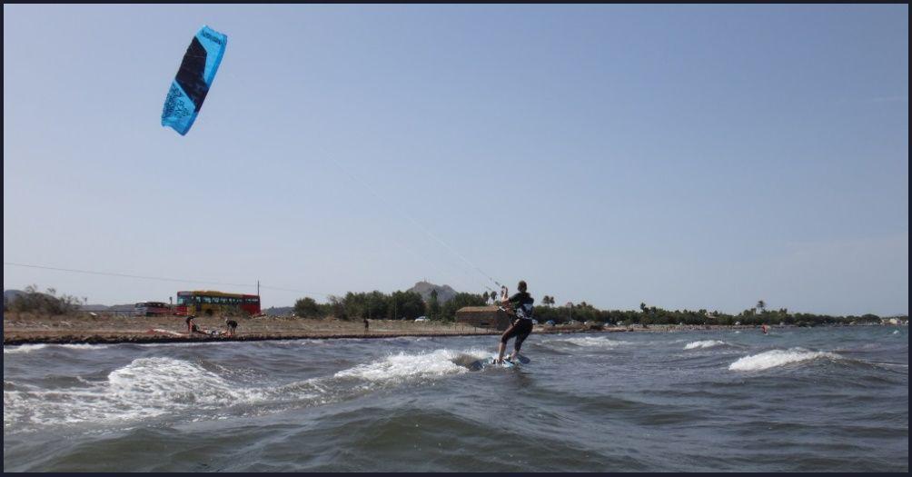 13 playa de Pollensa - clases de kitesurf en Mallorca bahia de Pollensa