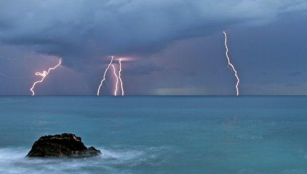 2 mal tiempo tormenta Mallorca kiteschool escuela de kite en Palma