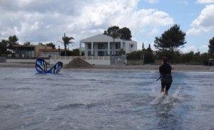 12 cursos de kitesurf en Mallorca y en Pollensa