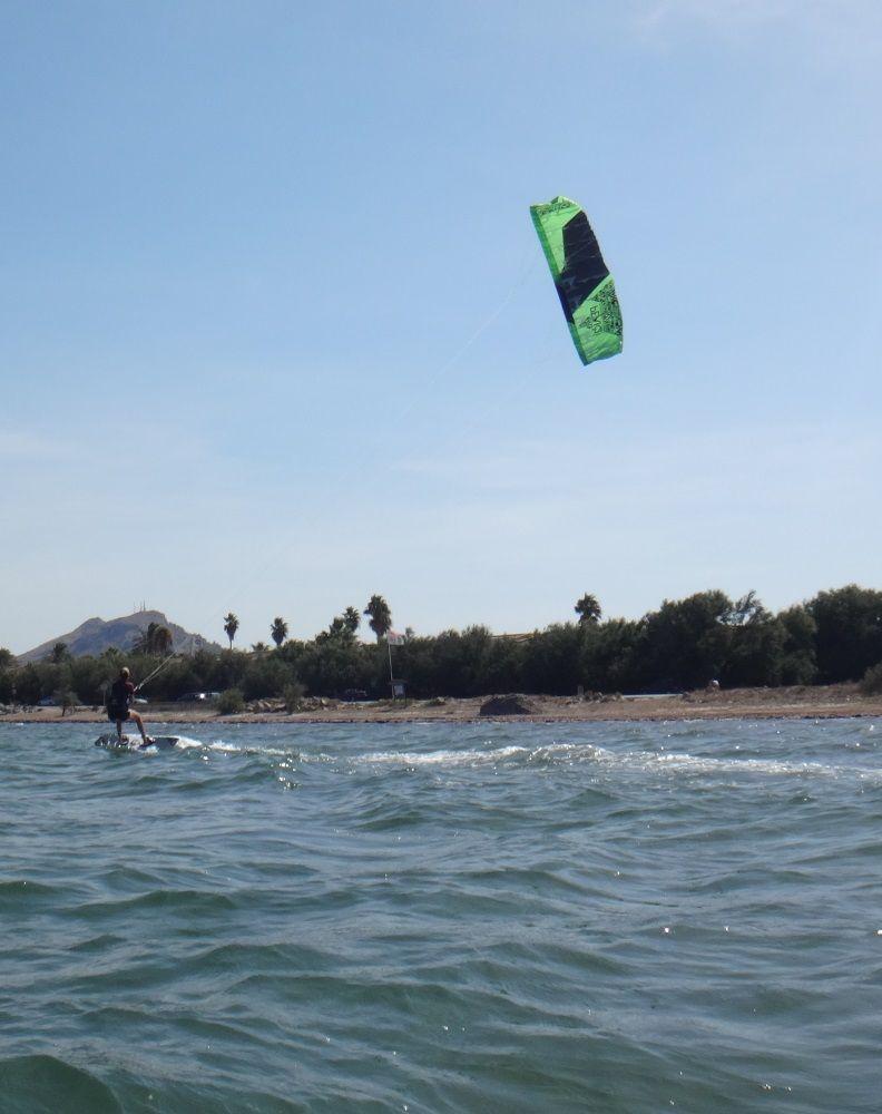19-Sehen-zu-glauben-Svenja-kitesurfen-lernen-Palma-de-Mallorca-kiteschule
