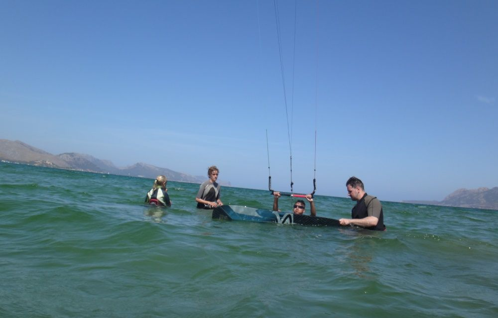 3-thanks-my-friends-kitesurfing-mallorca