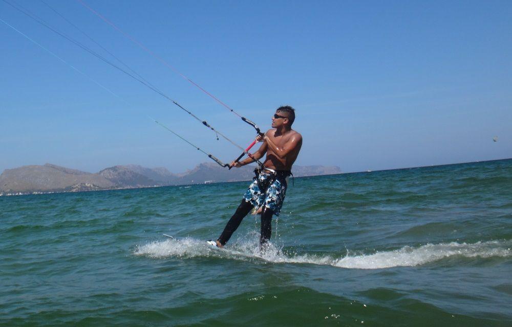 7-up-finally-up-in-the-board-kitesurfen-mallorca