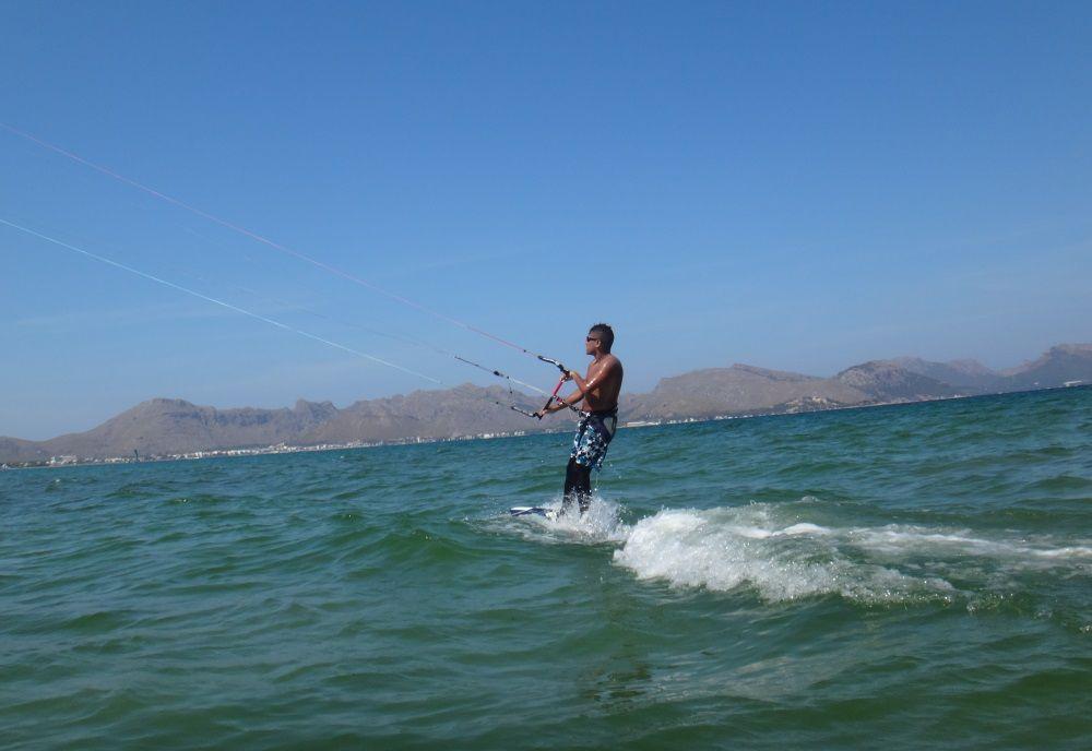 8-up-...-and-away-kitesurfen-mallorca